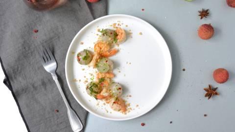 Salade de litchis et crevettes poêlées