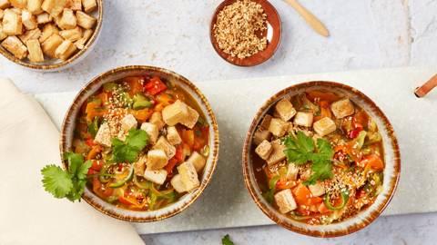 Bowl courgettes-tofu