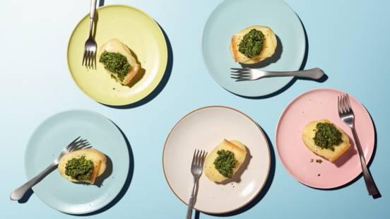Bruchettas aux pommes de terre et à la raclette