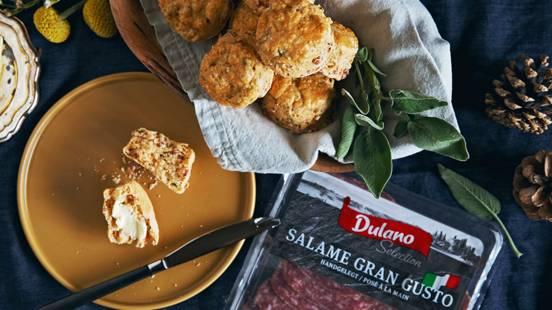 Scones salami-sauge