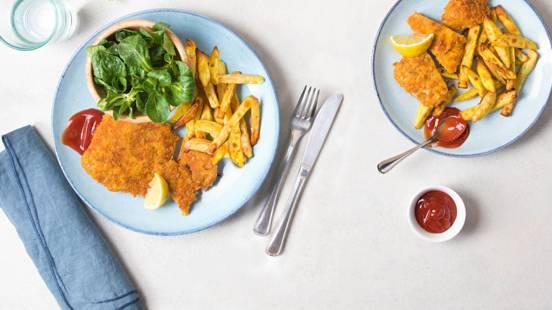 Escalope aux corn-flakes avec frites et mâche