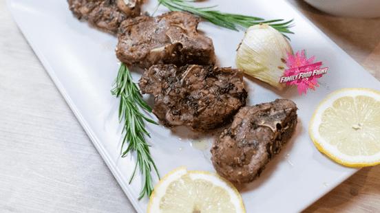 Family Food Fight: Côtelettes d'agneau marinées aux herbes