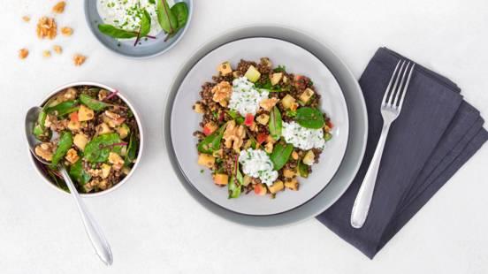 Salade estivale de lentilles avec légumes printaniers et sauce fruit de la passion-moutarde