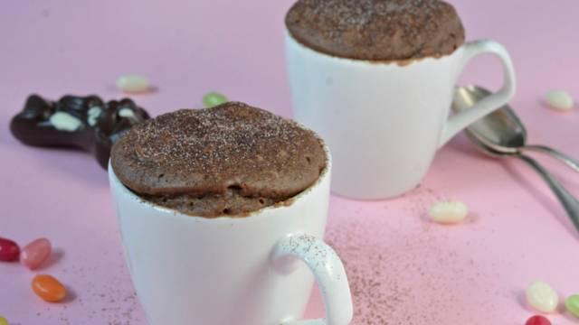 Mug cake à base de lapins en chocolat