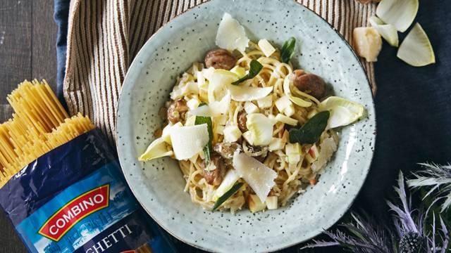 Spaghetti aux marrons, endives et pommes
