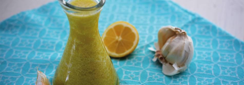 Huile au citron et à l'ail