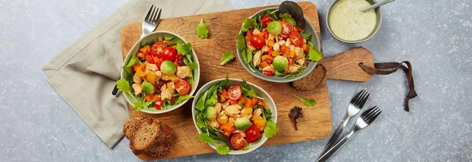 Salade au poulet et aux légumes